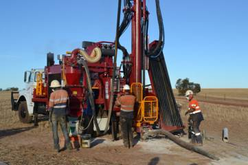 Drillwest Air-Core Rig 2: Depths that can be drilled are 150m Aircore & 100m light RC.