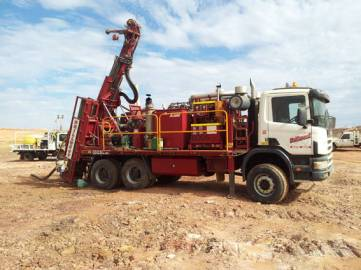 Drillwest Air-Core Rig 8 drilling grade control in open cut gold mine.